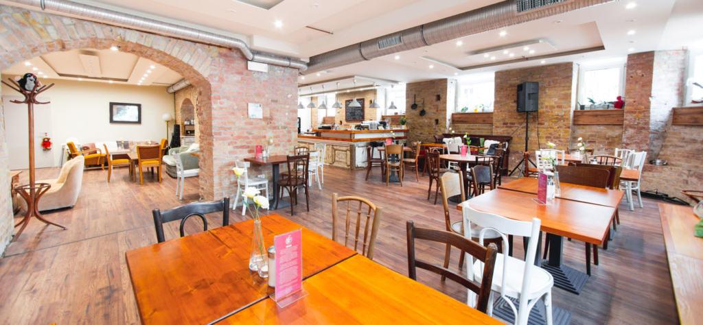 Kávézók, éttermek, ahol elhiszed, hogy a fogyatékossággal élők mindenre képesek