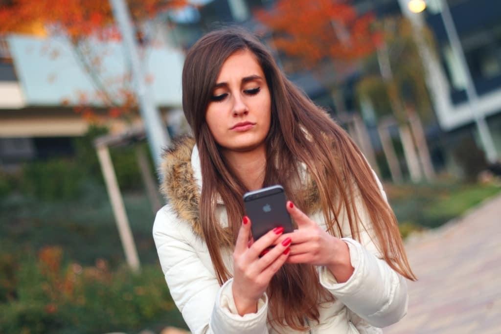 Mindent és azonnal - gondban a digitális kor fiataljai