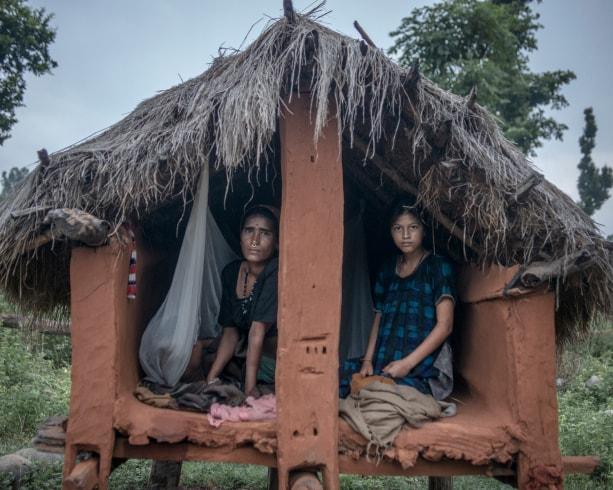 Nepál: büntetendő lesz a nők menstruációs kunyhóba küldése