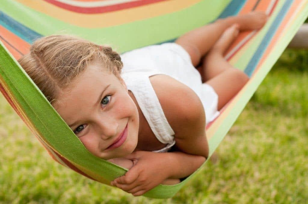 Öt hasznos tipp, ha gyermeked táborozni megy