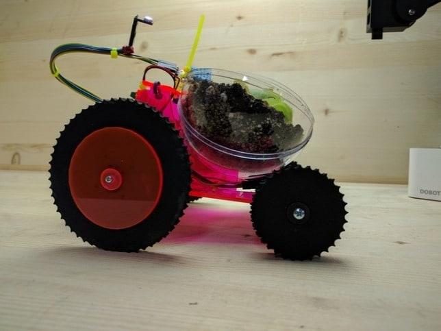 Magától a napfényre viszi a virágokat az apró robot