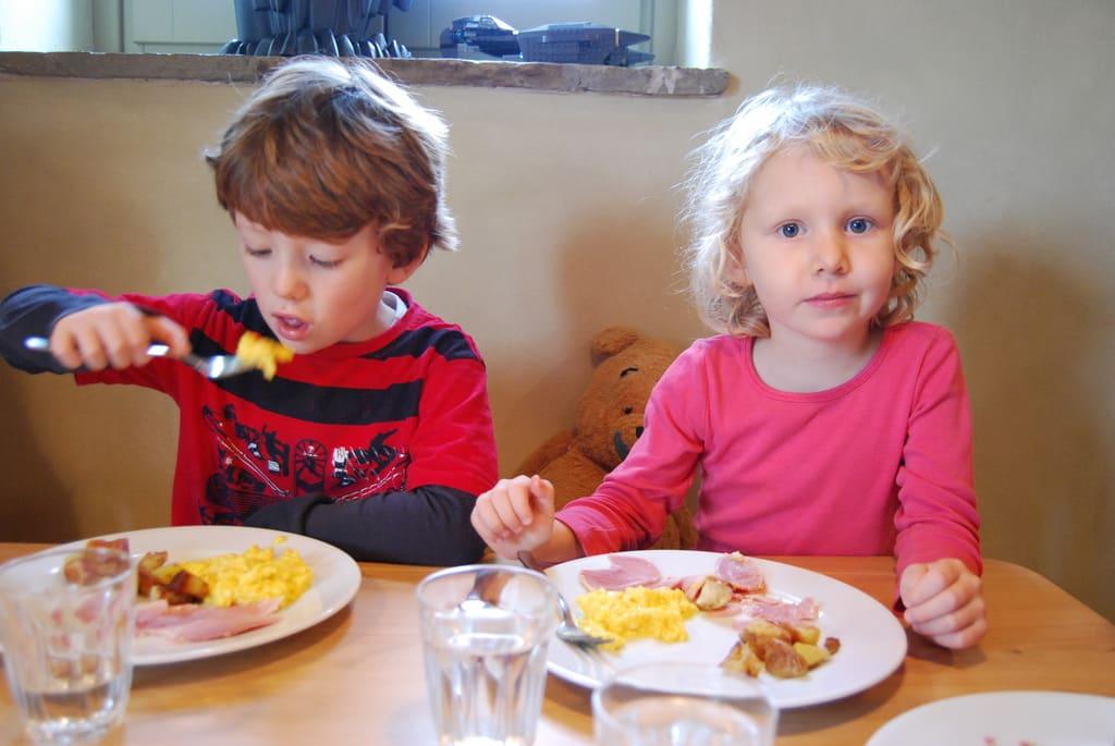 A reggeli kihagyása hátráltathatja a gyerekek fejlődését