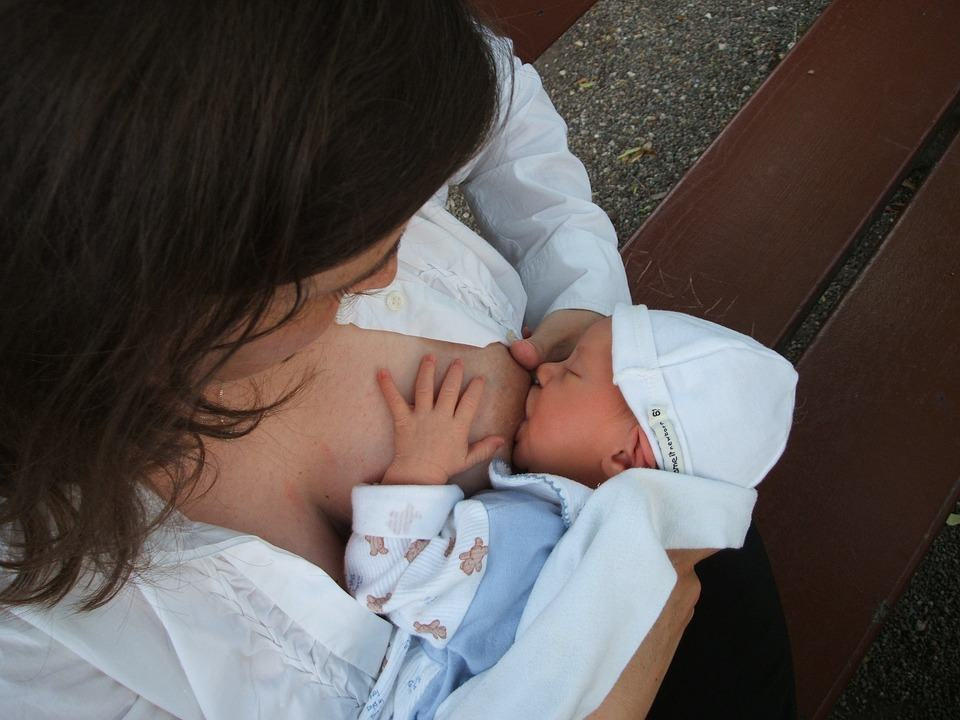 Az anyatej természetes kincs – ma van a szoptatás világnapja