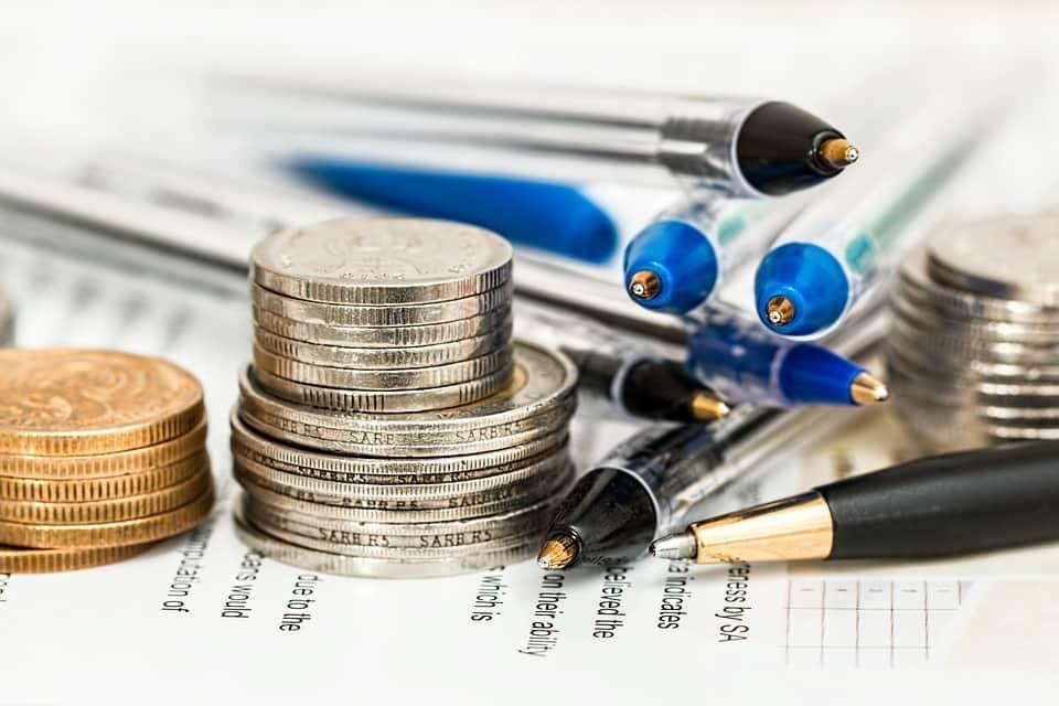 A béreket terhelő adók további csökkentése szükséges