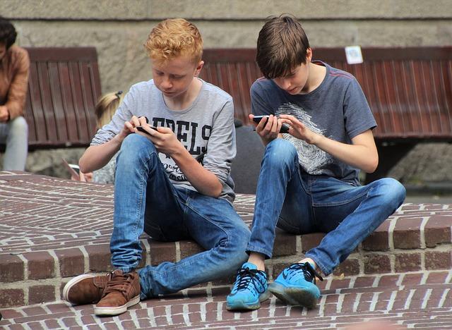 Jelentősen nőtt Magyarországon az iskolai internetezés