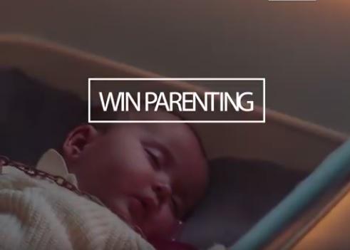 Felvet a pénz, a gyereked meg nem hajlandó egyedül elaludni? Nem baj, mert már itt az autószimuláló bölcső