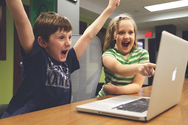 Online marketing a gyerekszobában