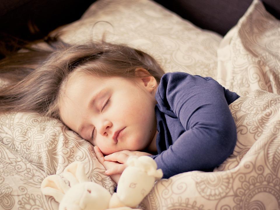 Már megint nedves az ágy - a gyermekkori bepisilésről
