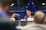 Fontos, hogy az Európai Unió elsődleges feladatának tekintse a család értékét!