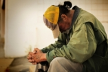Karácsony hajléktalan - de közel sem - elkeseredett szemmel