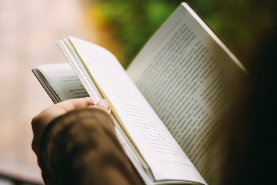 NYERJETEK KÖNYVCSOMAGOKAT! 15 könyvötlet, amellyel nem tudsz mellélőni!