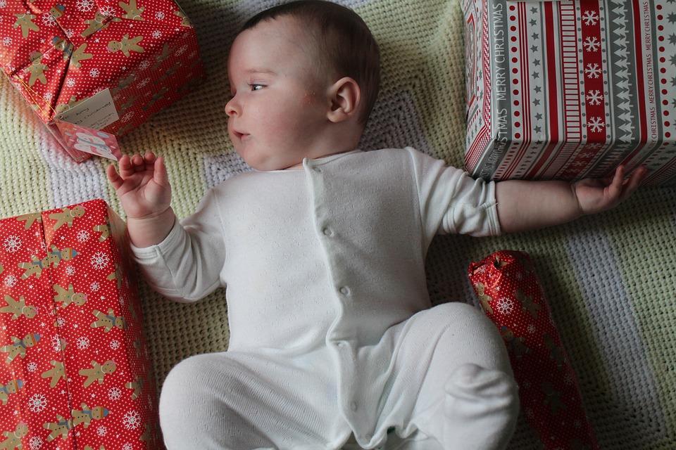 Karácsonyi gyermekáldás