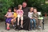 Angyalváró - Cipősdoboz adománygyűjtés Böjte Csaba gyermekeinek