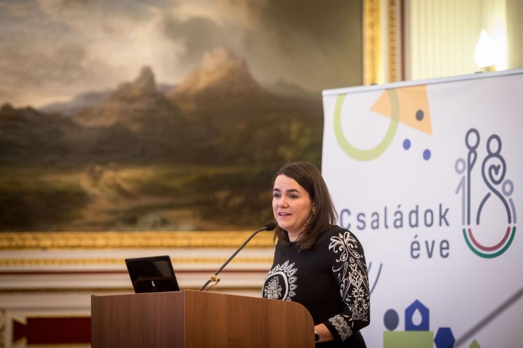 Novák Katalin: egyszerűbb és gyorsabb lesz a csok igénylése