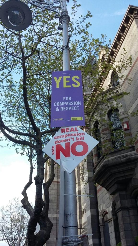 Többé nem védi törvény a meg nem születetteket Írországban