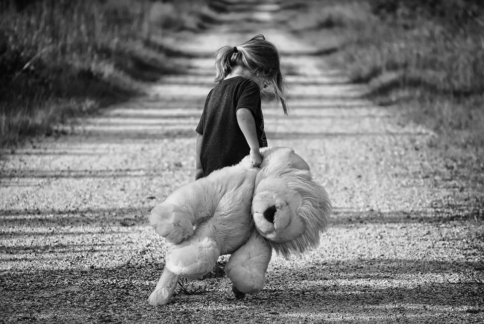 A gyermekkori bántalmazás megváltoztathatja az agy szerkezetét
