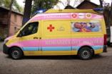 Új koraszülöttmentő rohamkocsit vett át a Peter Cerny Alapítvány