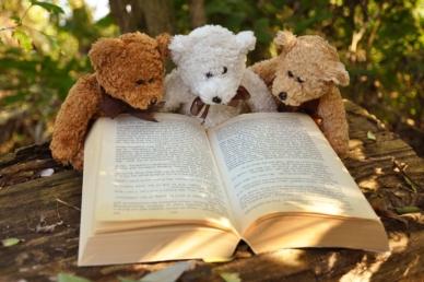Kevés szülő olvas este a gyermekének