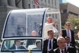 Ferenc pápa levelet írt egy erőszakot elszenvedett nőnek