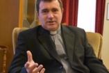 A család Isten ajándéka – Interjú Sánta Jánossal, az Apor Vilmos Katolikus Főiskola lelkészével