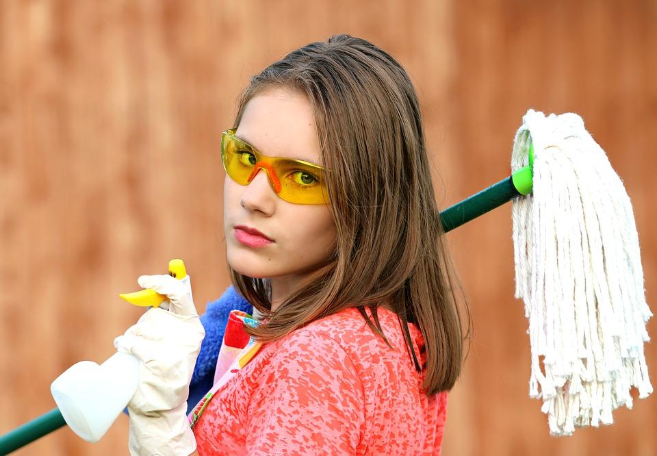 Ne legyen túl tiszta az életünk! Kell egy kis kosz a gyermekeknek