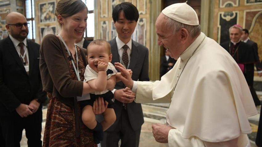 Ferenc pápa: Az abortusz soha nem az a válasz, amelyet a nők és a családok keresnek!