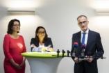 Novák: a gyermeküket júliusra váró családok sem esnek ki a babaváró támogatásból